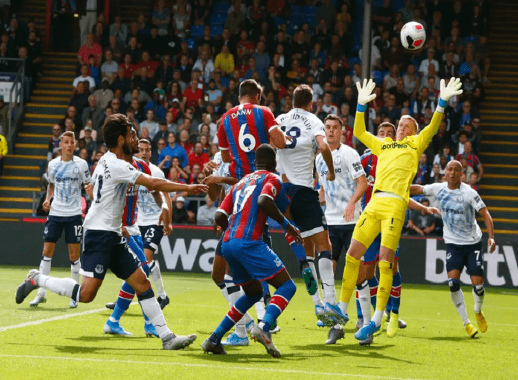 Everton x Crystal Palace: Photo by Action Foto Sport/NurPhoto via Getty Images.
